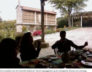 De Spaanse lunch met 'hórreo' op de achtergrond!